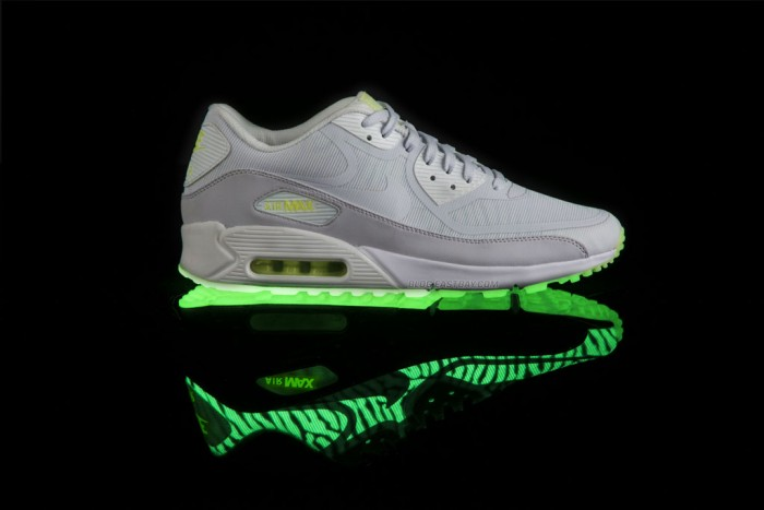 watch 2ef4a f99cd Nike Air Max 90 CMFT Premium Tape - Glow in the Dark (1)