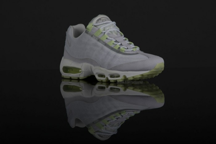 Nike Air Max 95 Premium Tape - 'Glow in the Dark' (3)