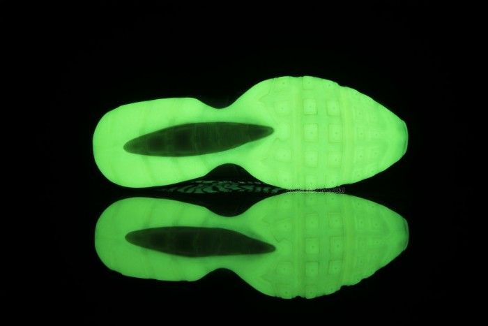 Nike Air Max 95 Premium Tape - 'Glow in the Dark' (5)
