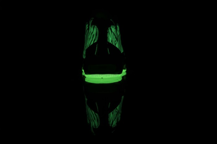 Nike Air Max 95 Premium Tape - 'Glow in the Dark' (6)