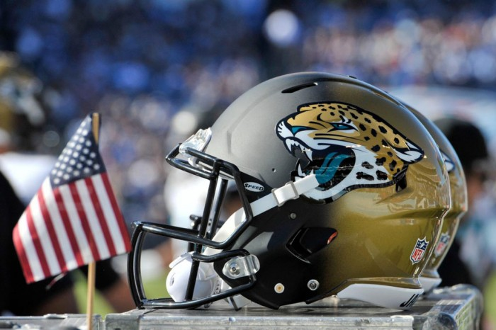 NFL Watch // Jaguars Claw Their Way to First Win
