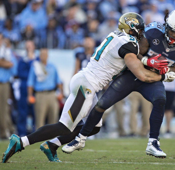 Paul Posluszny wearing Nike Vapor Talon Elite 3/4