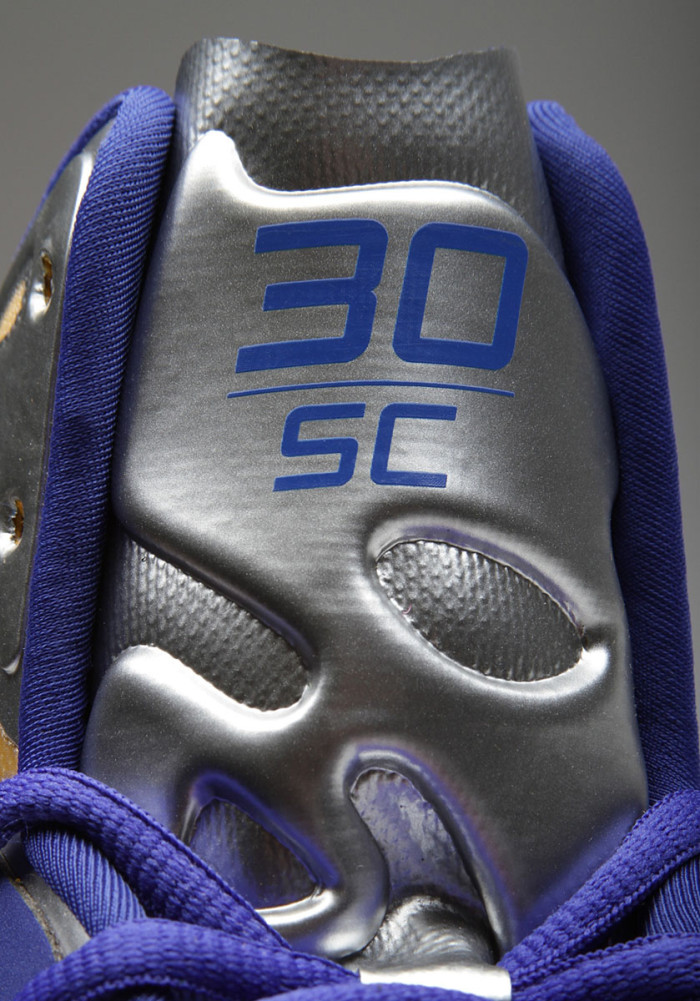 Stephen Curry's Under Armour Anatomix Spawn Silver PE (5)