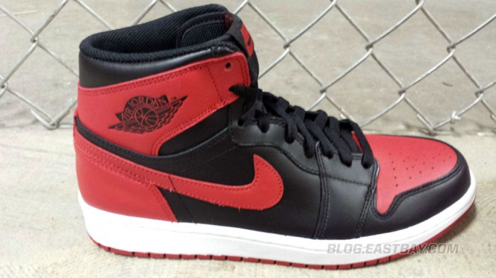 Air Jordan 1 Retro High OG 'Bred' (4)