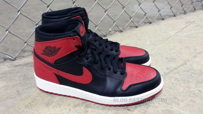Air Jordan 1 Retro High OG 'Bred' (5)