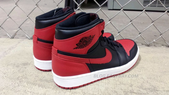 Air Jordan 1 Retro High OG 'Bred' (6)
