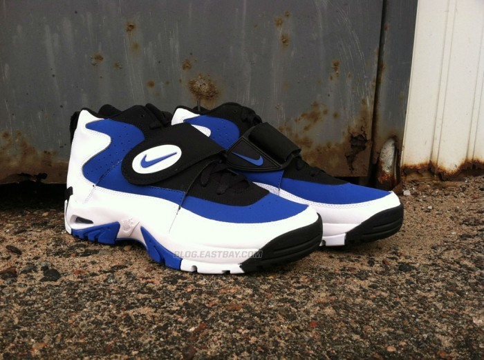 Nike Air Mission - 'True Royal' (1)