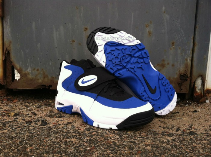 Nike Air Mission - 'True Royal' (2)
