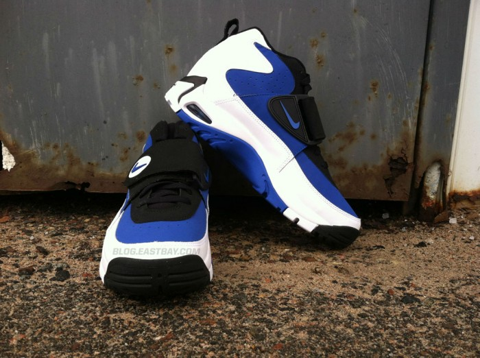 Nike Air Mission - 'True Royal' (6)