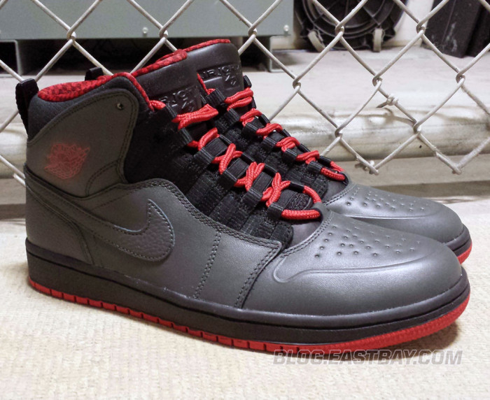 Air Jordan 1 Retro '94 Anthracite (4)