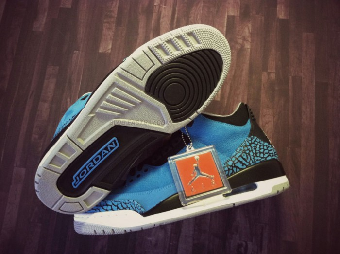 Air Jordan 3 Retro 'Powder Blue' (1)