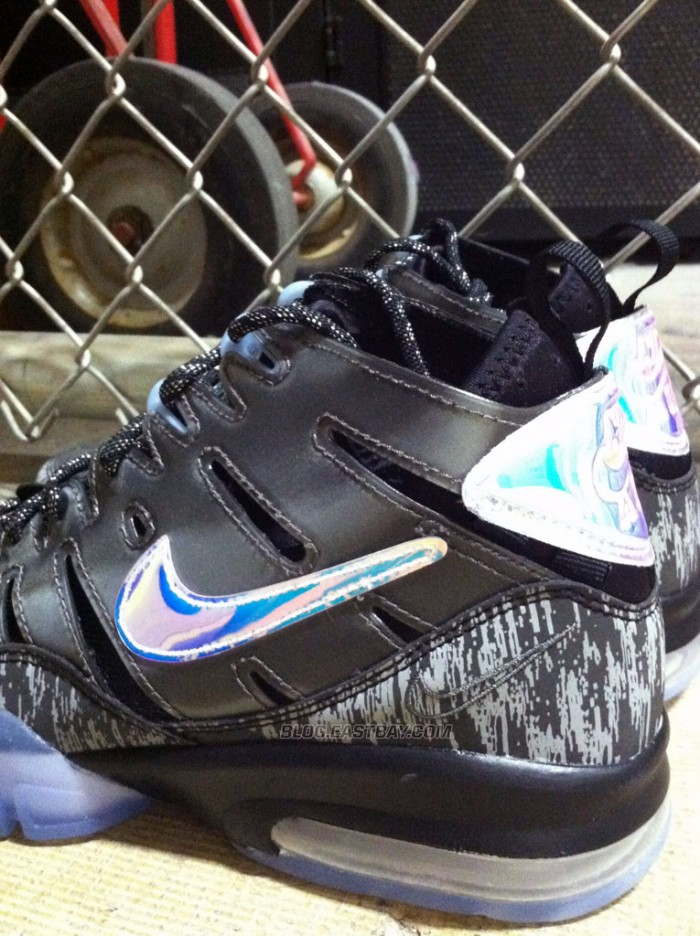'Nike Knows' Air Trainer Max '94 (2)