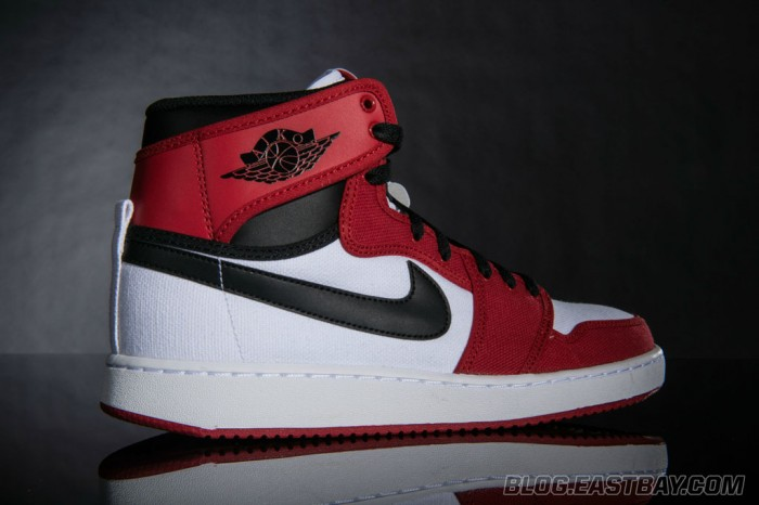 Air Jordan 1 Retro KO High 'Bulls' (2)
