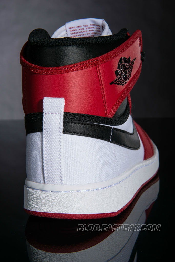 Air Jordan 1 Retro KO High 'Bulls' (4)