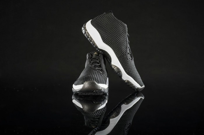 Air Jordan Future - Black/White (2)
