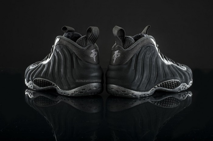 Nike Air Foamposite One 'Triple Black' (2)