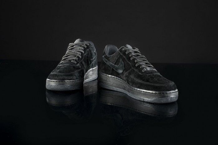 Nike Air Force 1 Low 'Triple Black' (2)