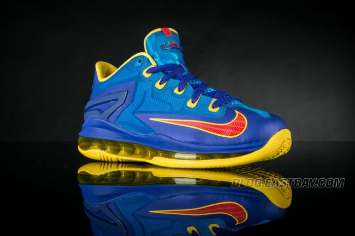 Nike LeBron XI 11 Low Superman (1)