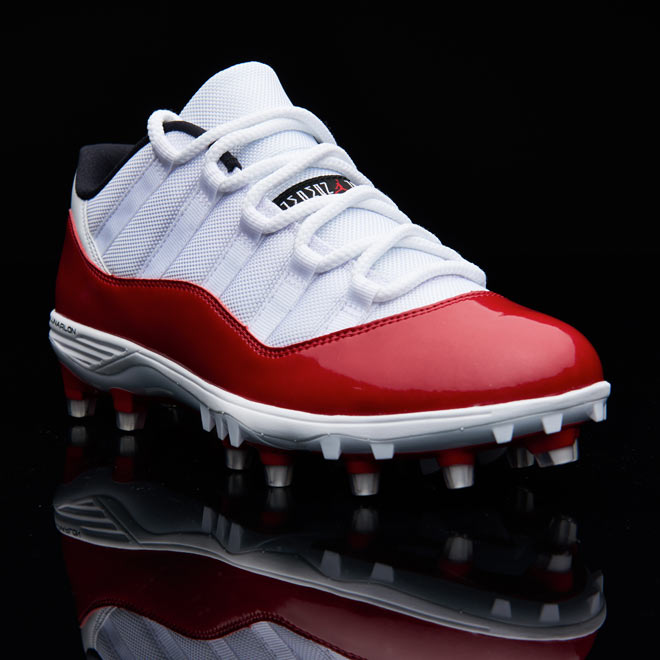 b3b9f818ceea Jordan Retro 11 Football Cleats: The GOAT Joins The Huddle | Eastbay ...
