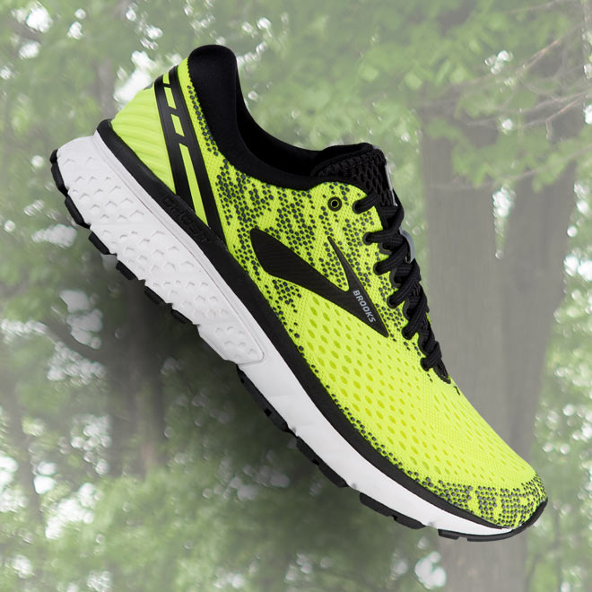 classic fit d4df4 3e407 Best Long-Distance Running Shoes | Eastbay Blog : Eastbay Blog